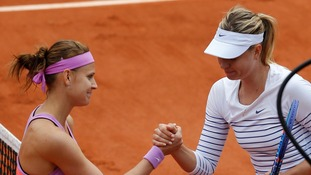 Defending champion Maria Sharapova knocked out of French Open in fourth round