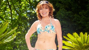 Lorraine releases unretouched bikini pictures for summer diet campaign