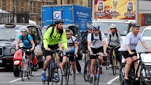 Technology to give cyclists more time to get through traffic lights tested in London