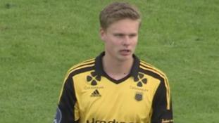 Norwegian player sent off for calling opponent 'gay'