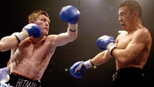 Ricky Hatton fights Kostya Tszyu