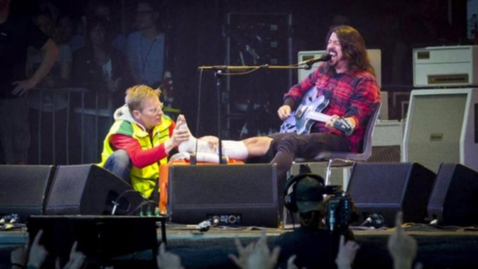 fears over foo fighters uk dates as band cancels two shows in europe