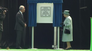The Queen unveiled a special plaque to mark the 800th anniversary of the Magna Carta