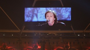 Paul McCartney closing the Olympic Opening Ceremony with 'Hey Jude'