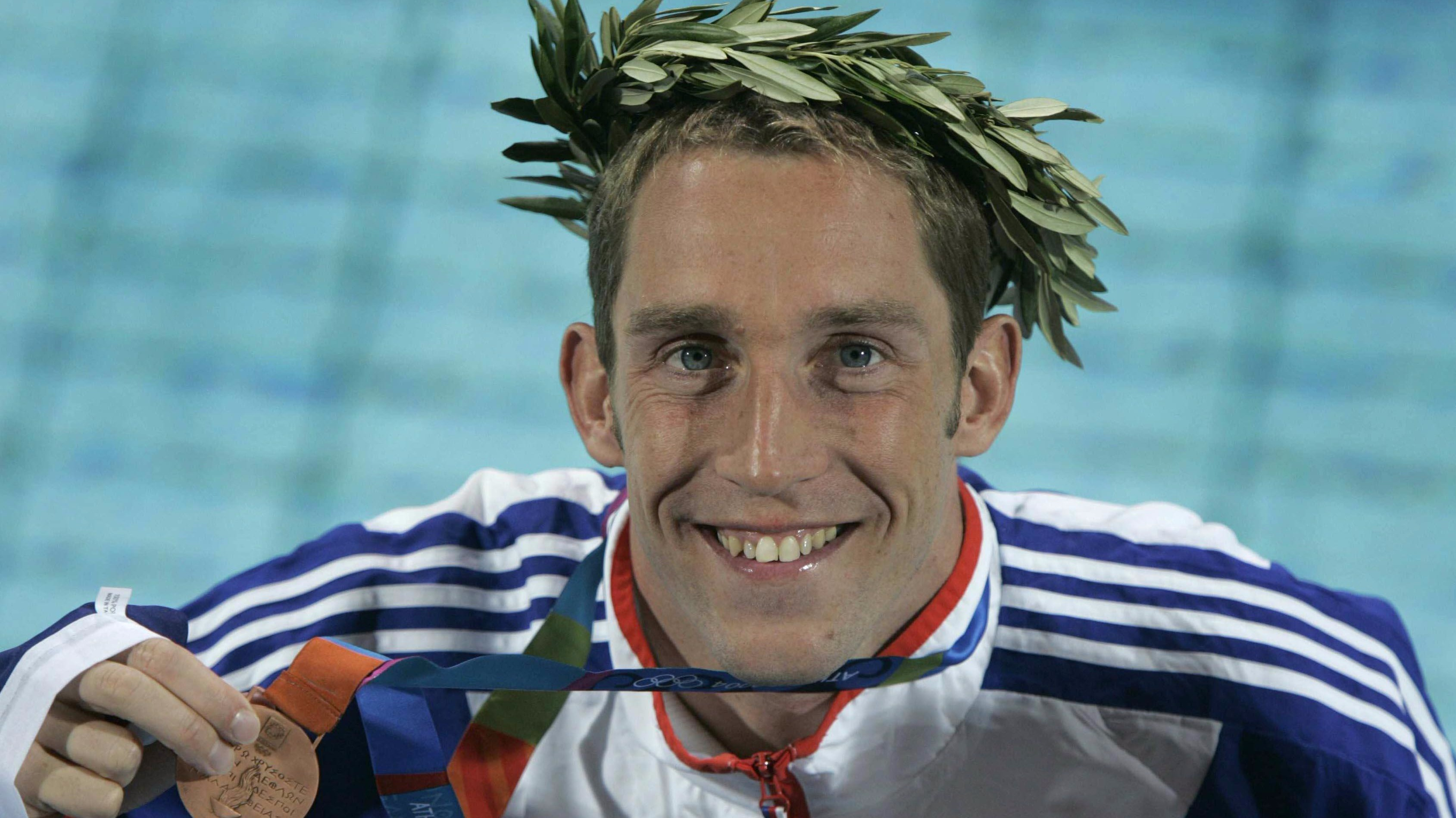 Race An Olympian In Radcliffe 39 S New Swimming Pool Granada Itv News