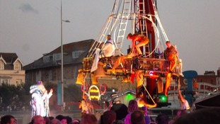 Acrobats in Weymouth