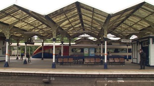 Stations like Kettering in Northamptonshire would have benefited from electrification of the line.
