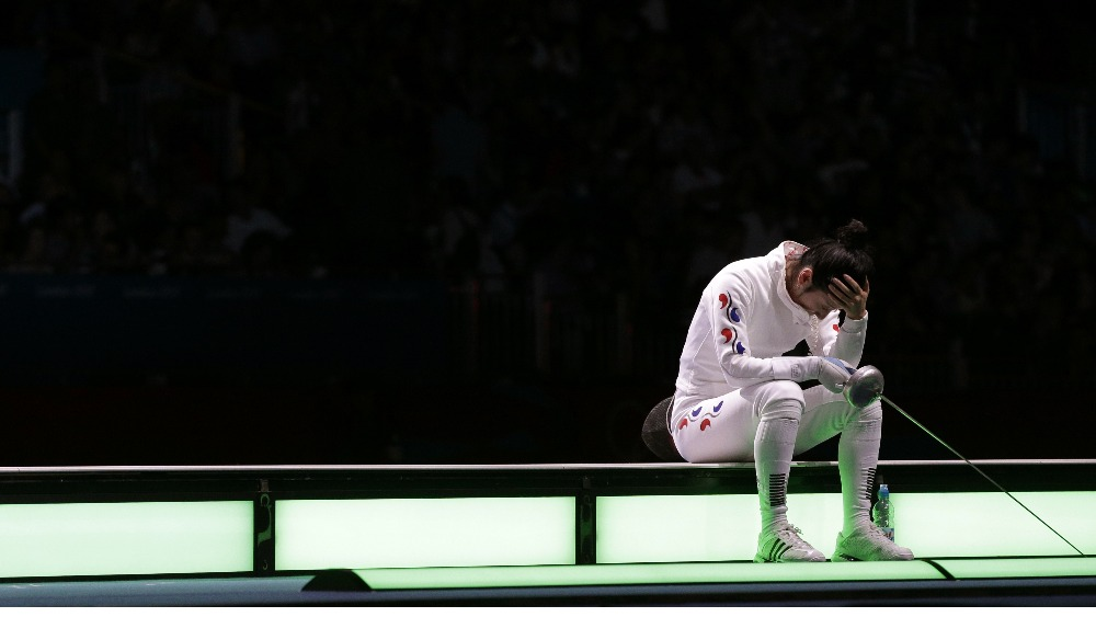 South Korean Fencer Refuses To Leave Stage After Losing
