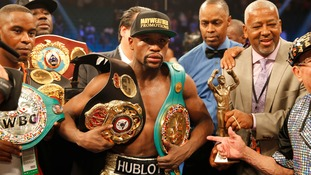 Floyd Mayweather stripped of World Boxing Organisation title he won in Manny Pacquiao fight after refusing to pay fee