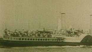 The first extension came in 1898 to accommodate the number of steamboats visiting the pier.