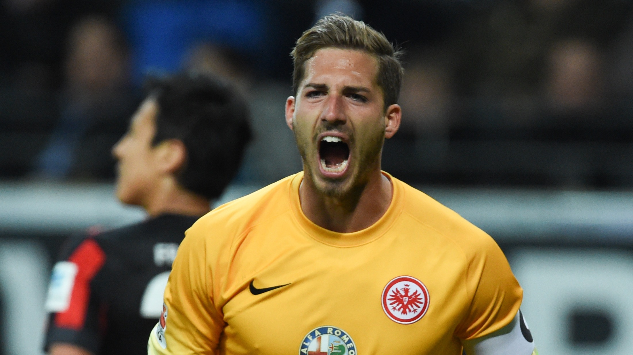 Psg Sign German Goalkeeper Kevin Trapp From Frankfurt