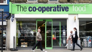 Hundreds of thousands of Co-op customers 'overcharged in card error'