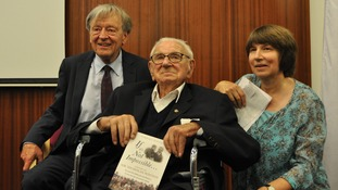 Lord Alfred Dubs, Sir Nicholas Winton and his daughter Barbara.