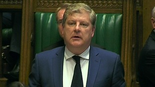 SNP MPs will vote against Tory fox hunting bill, says Angus Robertson
