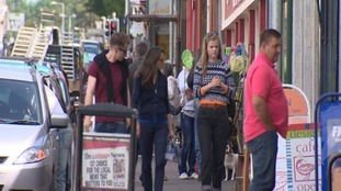 Castle Douglas High Street busy with tourists