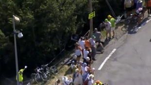 Tour de France: Geraint Thomas holds onto sixth place despite crashing into telegraph pole