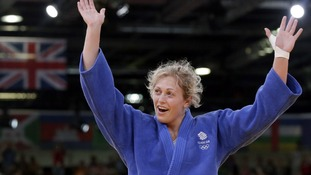 Gemma Gibbons celebrates defeating Netherland's Marhinde Verkerk in the Quarter-finals.