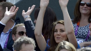 Royal couple relax in the sunshine at Wimbledon