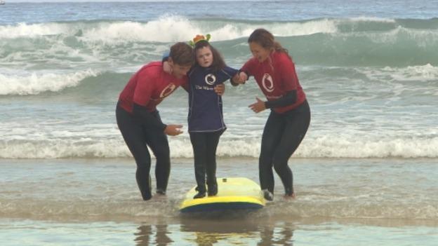 surf_girl_for_web