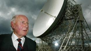 Sir Bernard Lovell dies aged 98