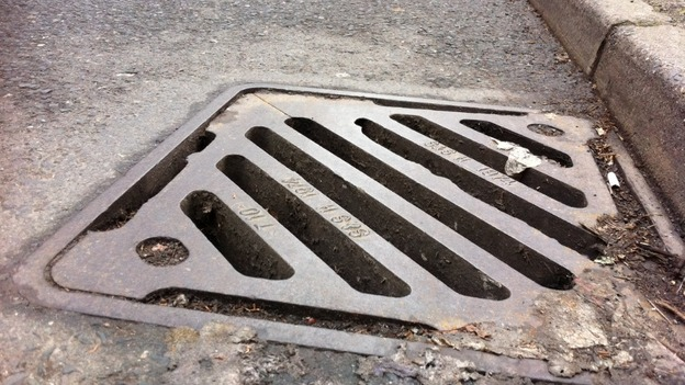A new forensic tagging system to try to reduce the number of drain cover thefts is being trialled in Birmingham.