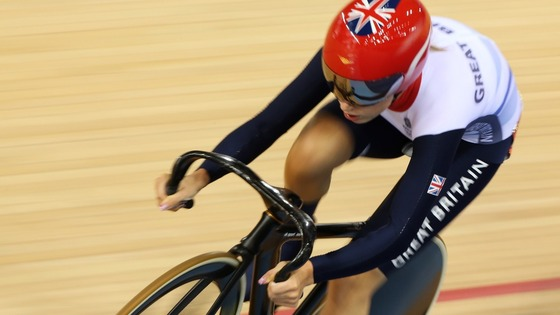 aura Trott rides in the track cycling women&#x27;s omnium 10km scratch race at the Velodrome