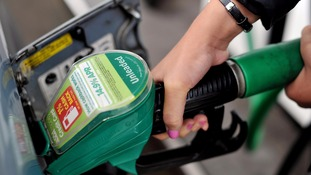 Supermarkets slash petrol prices with more cuts predicted due to falling oil prices