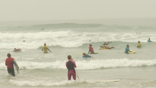 Women surfers help raise awareness of breast cancer
