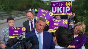 Ukip leader Nigel Farage calls for tolls on the Severn crossings to be scrapped