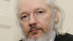 Ecuador 'planned fancy dress escape for Julian Assange'