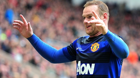 Manchester United's Wayne Rooney has praised Arsenal striker Robin van Persie.