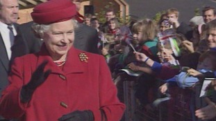 Queen visits Cardiff in 1993