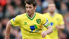 Wes Hoolahan gets Republic call