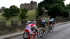 Tour of Britain passes through Alnwick
