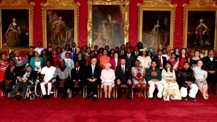 queen with commonwealth representatvies