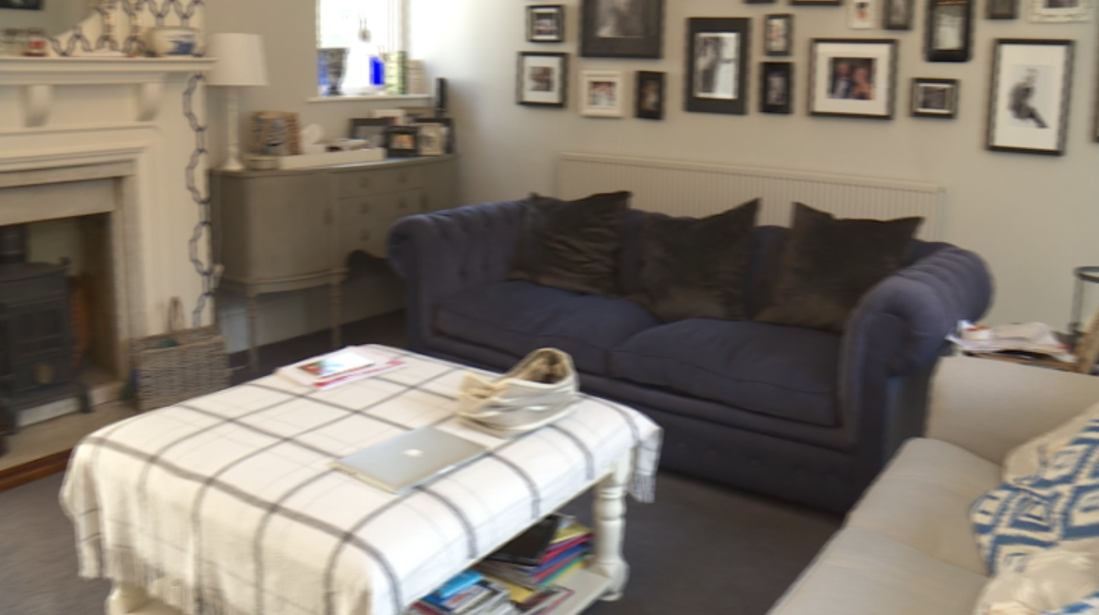 In pictures a tour around lewis moody 39 s home west for The living room channel 10 catch up