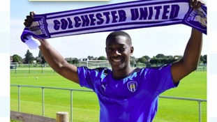 Marvin Sordell signs for U's