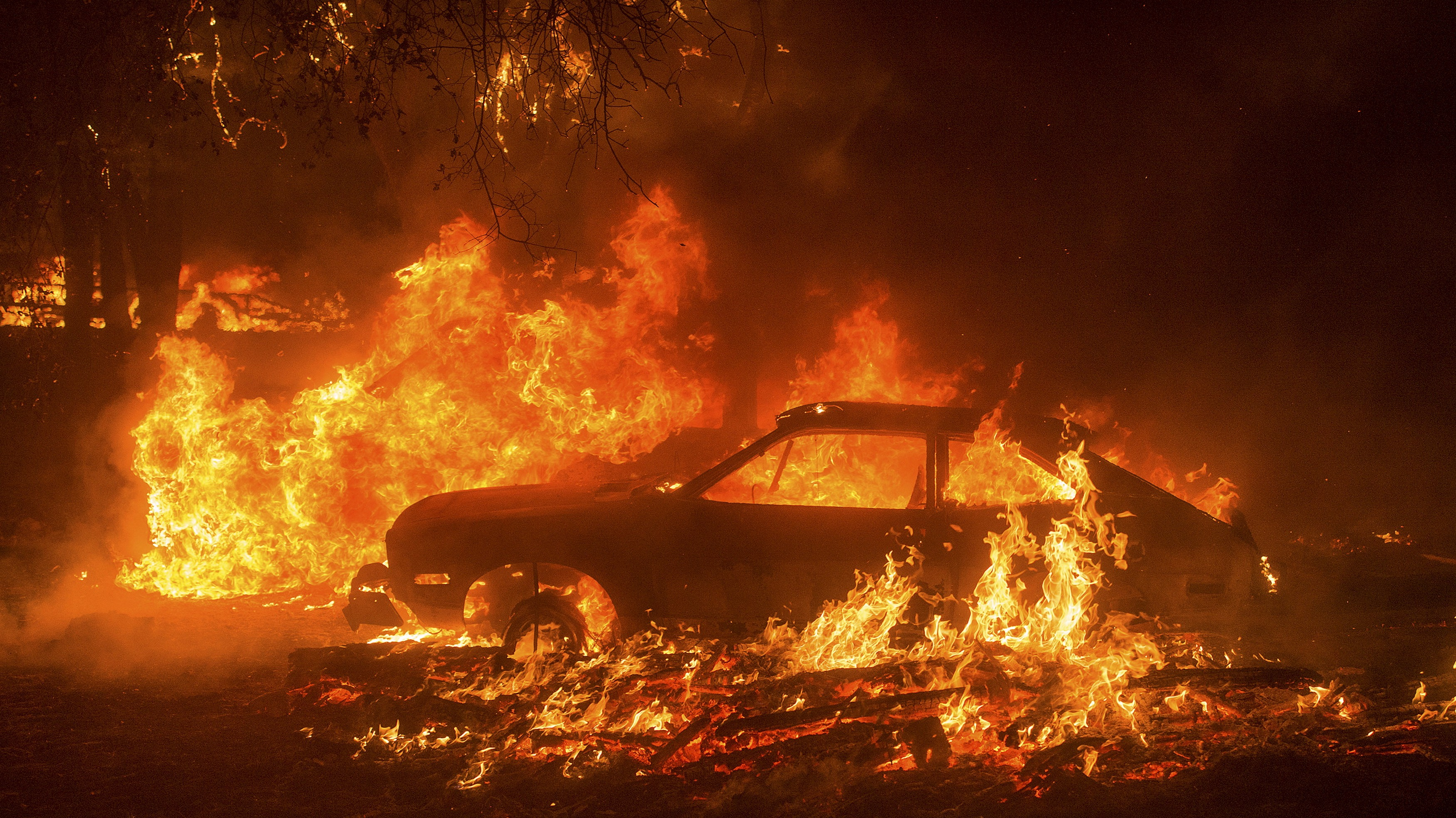 Thousands Evacuated As New Wildfires In California