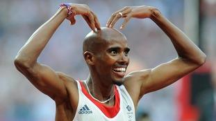 Mo Farah celebrates winning the Men's 5,000m Final