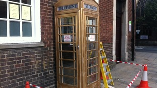 Hull phone box painted gold to honour Olympic boxing champion Luke Campbell