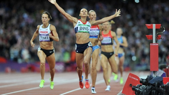 Jessica Ennis wins gold in the Heptathlon