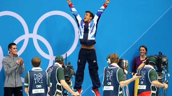 Tom Daley celebrates winning bronze