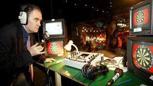 "Tributes to ""Voice of darts"" Sid Waddell"