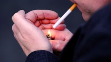 The programme will look at whether smokers are more successful quitting as part of a group than by themselves.
