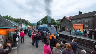 Well-wishers bid farewell to 'Sir Nigel' locomotive