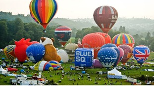 Balloon Fiesta organisers to review parking after turning away spectators