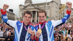 Jonathan (left) and Alistair Brownlee