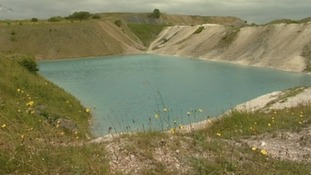 Experts warn of the dangers of the 'Blue Lagoon'
