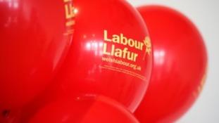 Labour Llafur balloons