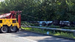 Overturned lorry on M4